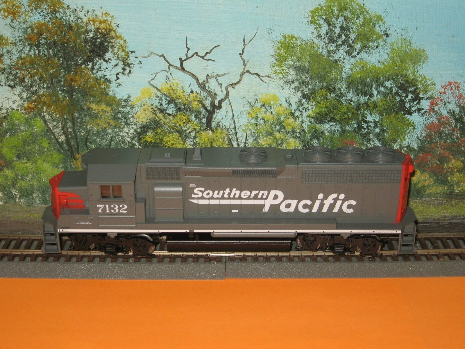 ATHEARN HO SCALE  4708 GP40-2 SOUTHERN PACIFIC  7132 POWErosso