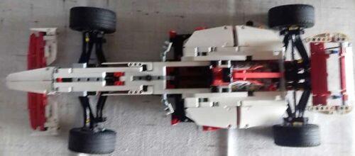 Lego 42000 Technic Grand Prix Racer  mit Bauanleitung.