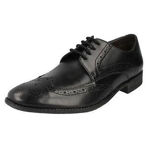 Clarks-039-Chart-Limit-039-nero-Ala-estremita-intera-robuste-pizzo-pelle-derby-scarpe
