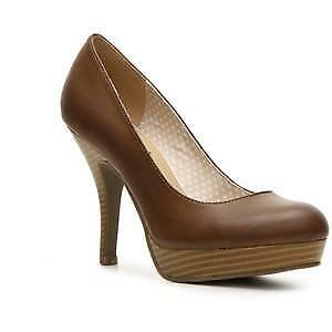 NEW Women's Unlisted (Kenneth Cole) File System -WAS  60 - brown 4.5 heel