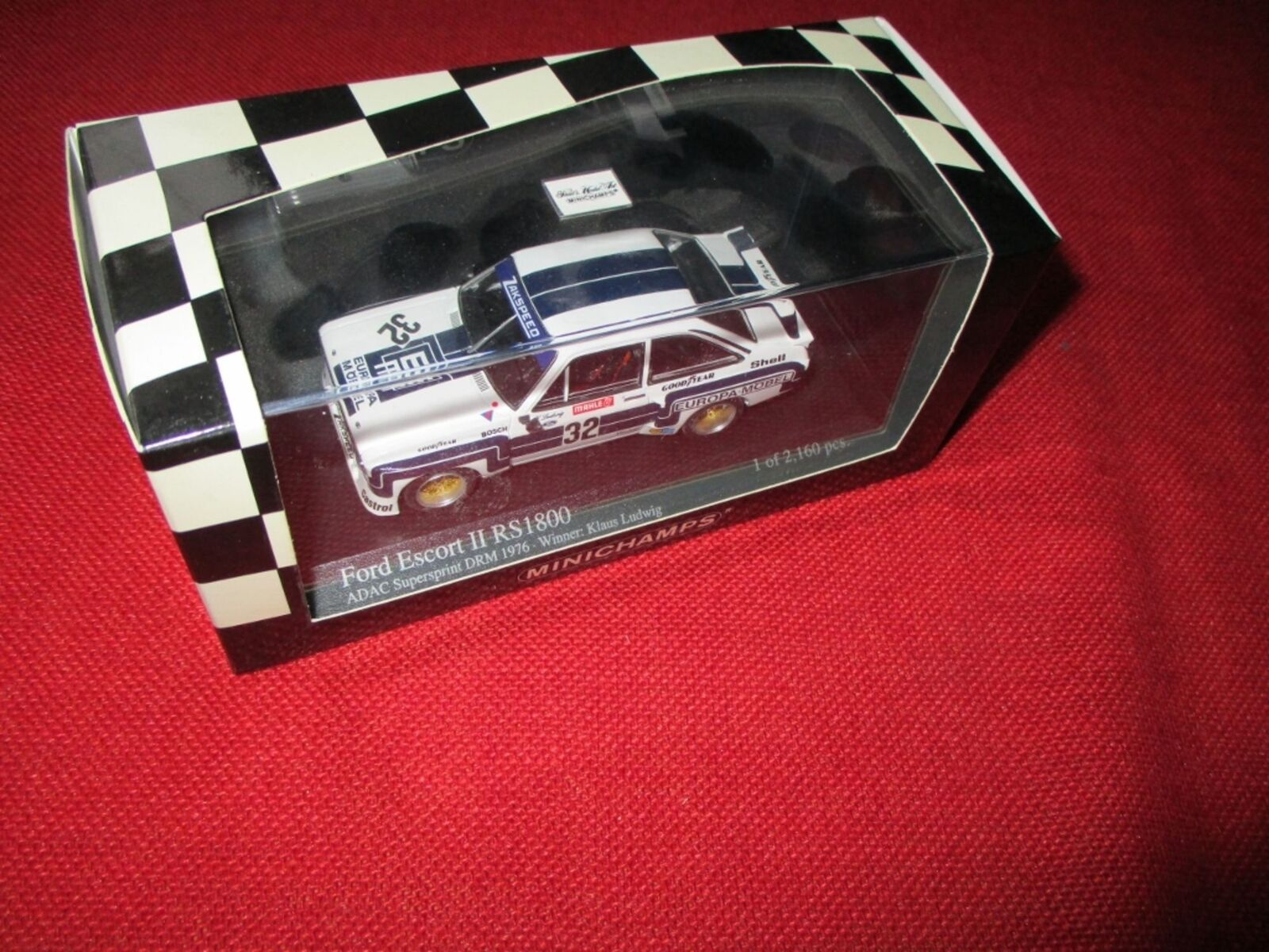 MINICHAMPS® 400 768432 1 43 Ford Ford Ford Escort II RS1800 Winner DRM Supersprint 1976  | Neues Design  8d7380