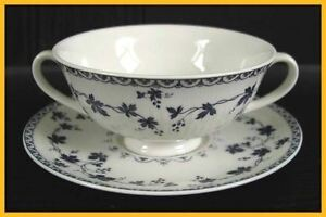 Royal-Doulton-Yorktown-Soup-Coupes-amp-Saucers