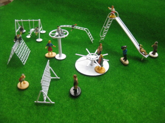 HW001 Model Railway 1:87 Scale Children Garden Fairground Playground HO (1 SET)