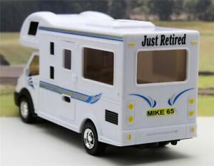 Personalised-Plates-MOTORHOME-Gift-034-JUST-RETIRED-034-Toy-Model-Camper-Present-Boxed