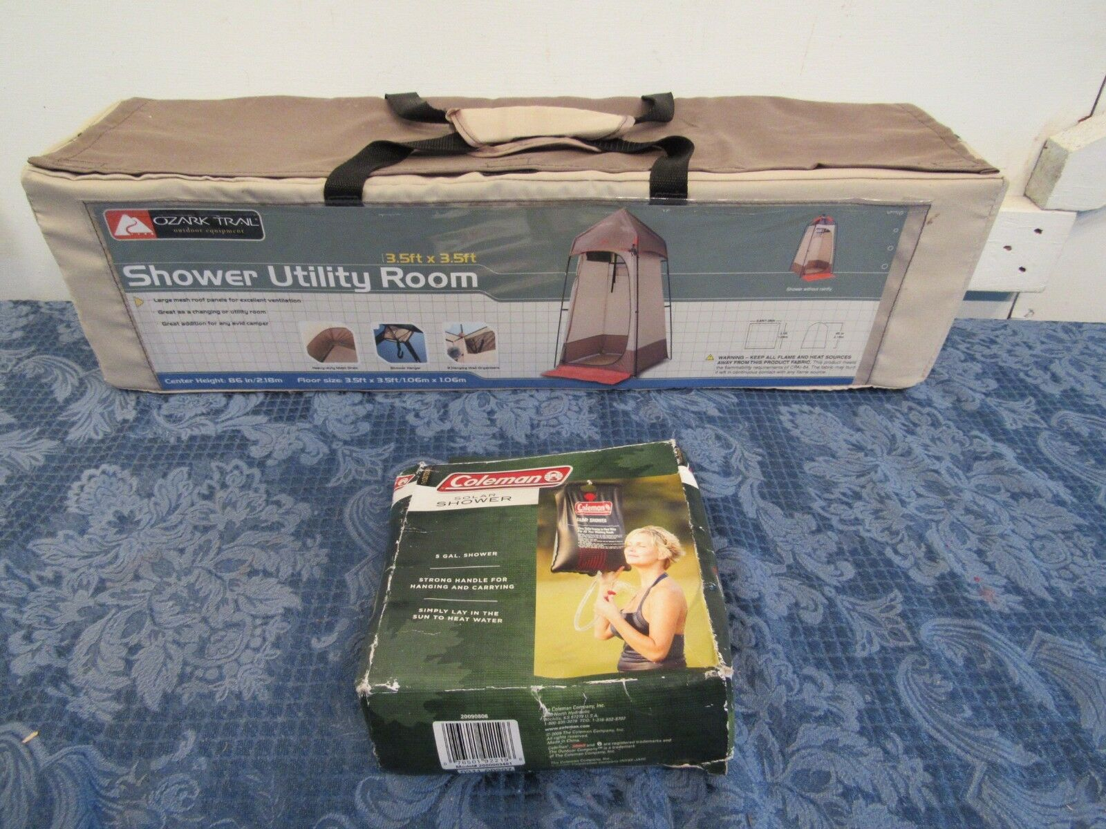 New Ozark Trail Shower Utility Room  3.5' x 3.5' x 7'2  Plus 5 Gallon Shower Bag