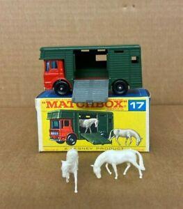 Lesney-Matchbox-17E-Aec-Horse-Box-Menta-en-caja-original-de-una-F