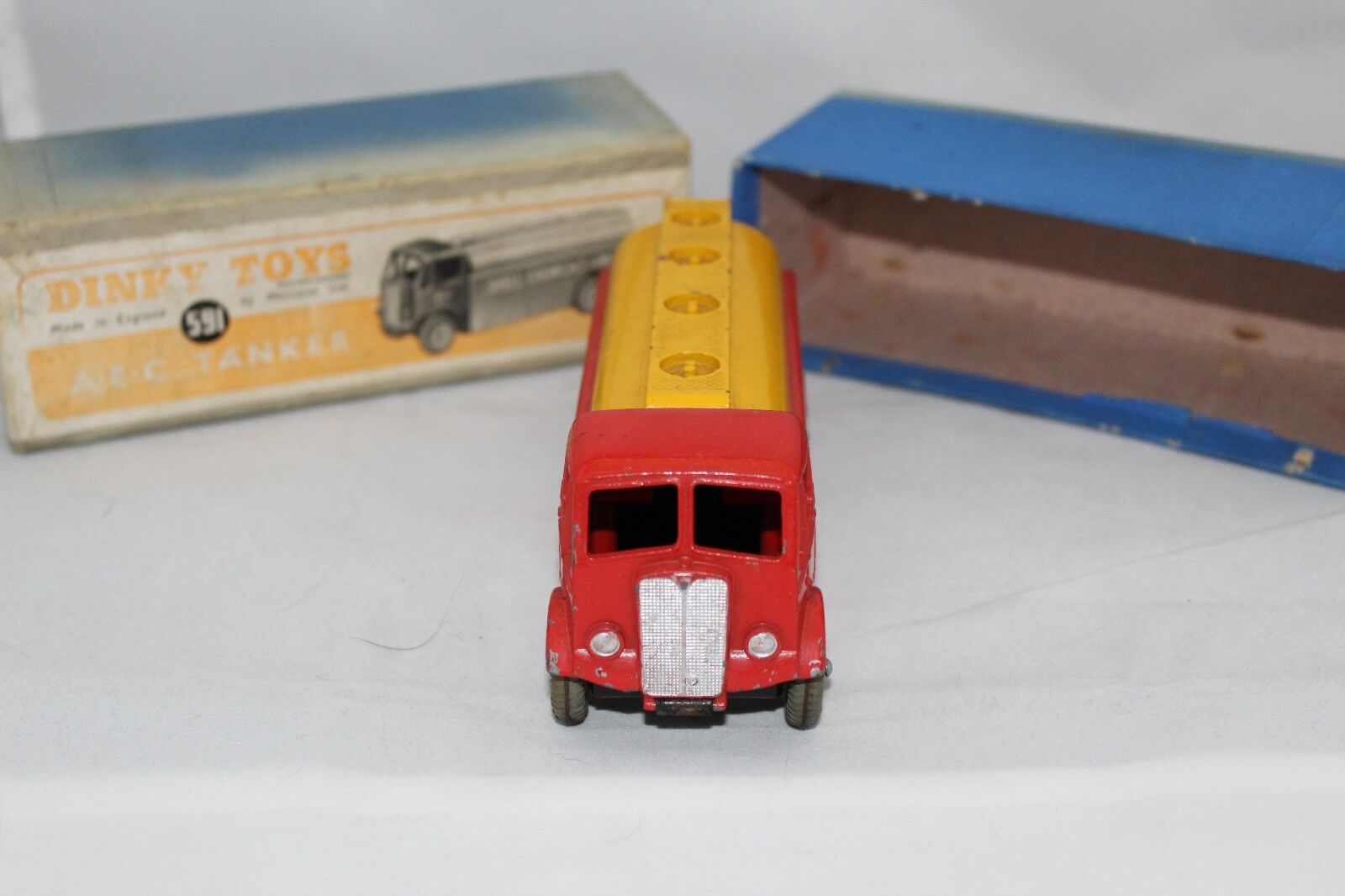 Dinky 591 AEC Shell Chemical Co.