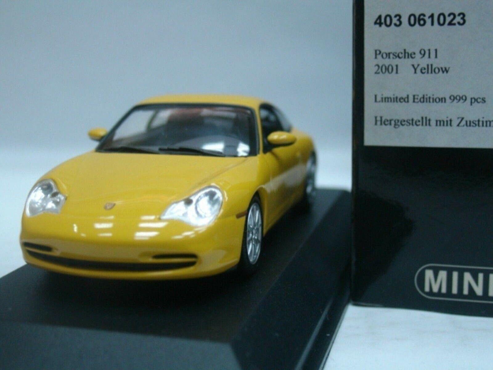 WOW estremamente RARA PORSCHE 996 911 2001 CARRERA 4 Coupe Giallo 1:43 Minichamps