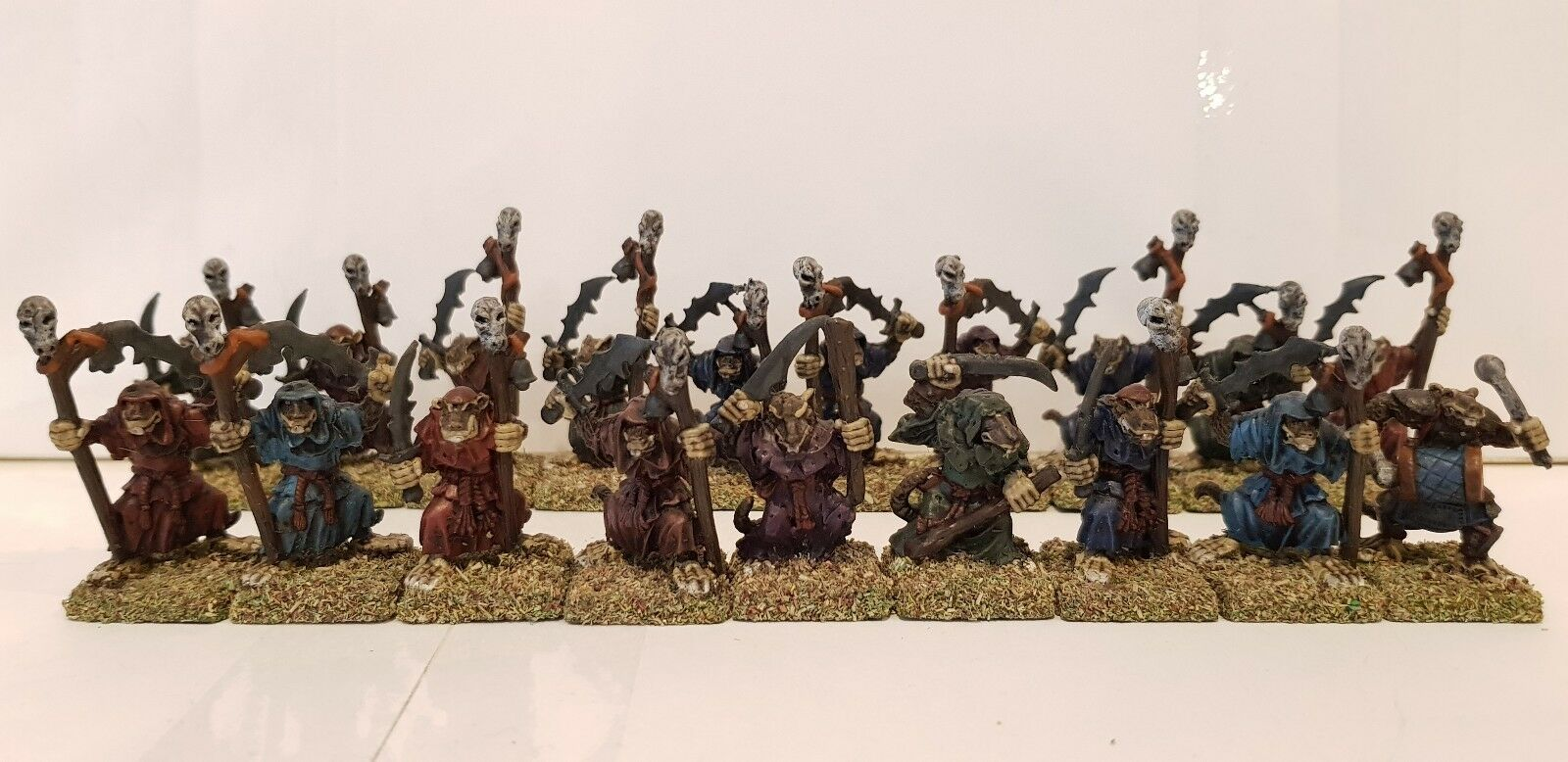 19x SKAVEN Clásico ratmen con espadas fabricante desconocido Modelos de metal pintado bien