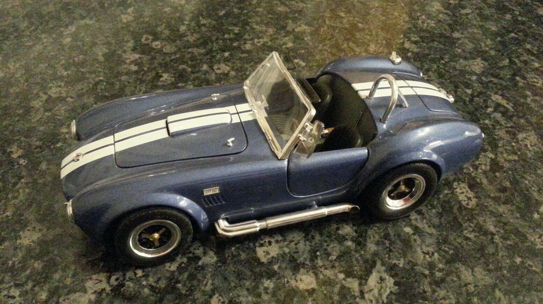 Shelby Cobra blau metallic, Modellauto 1 18   ROAD Signature  | Stilvoll und lustig
