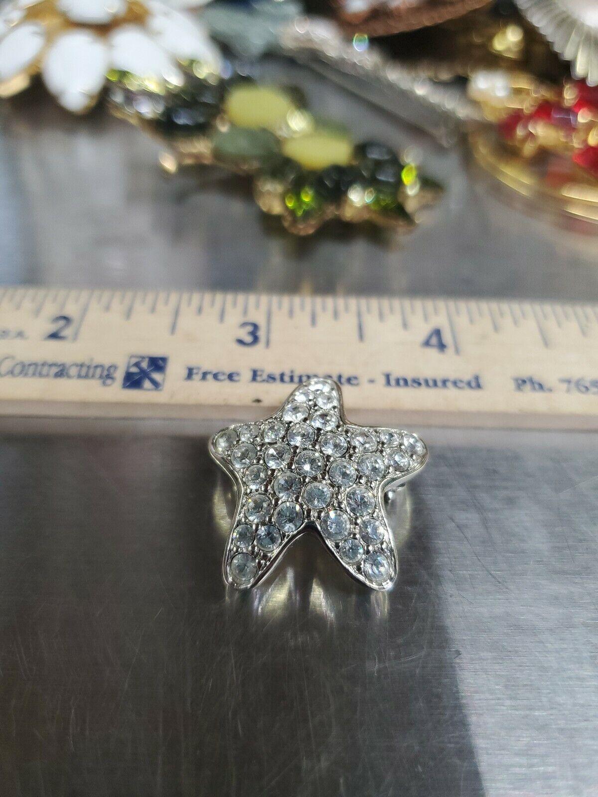 Swarovski crystal Brooch Silver Tone Star Super P… - image 4