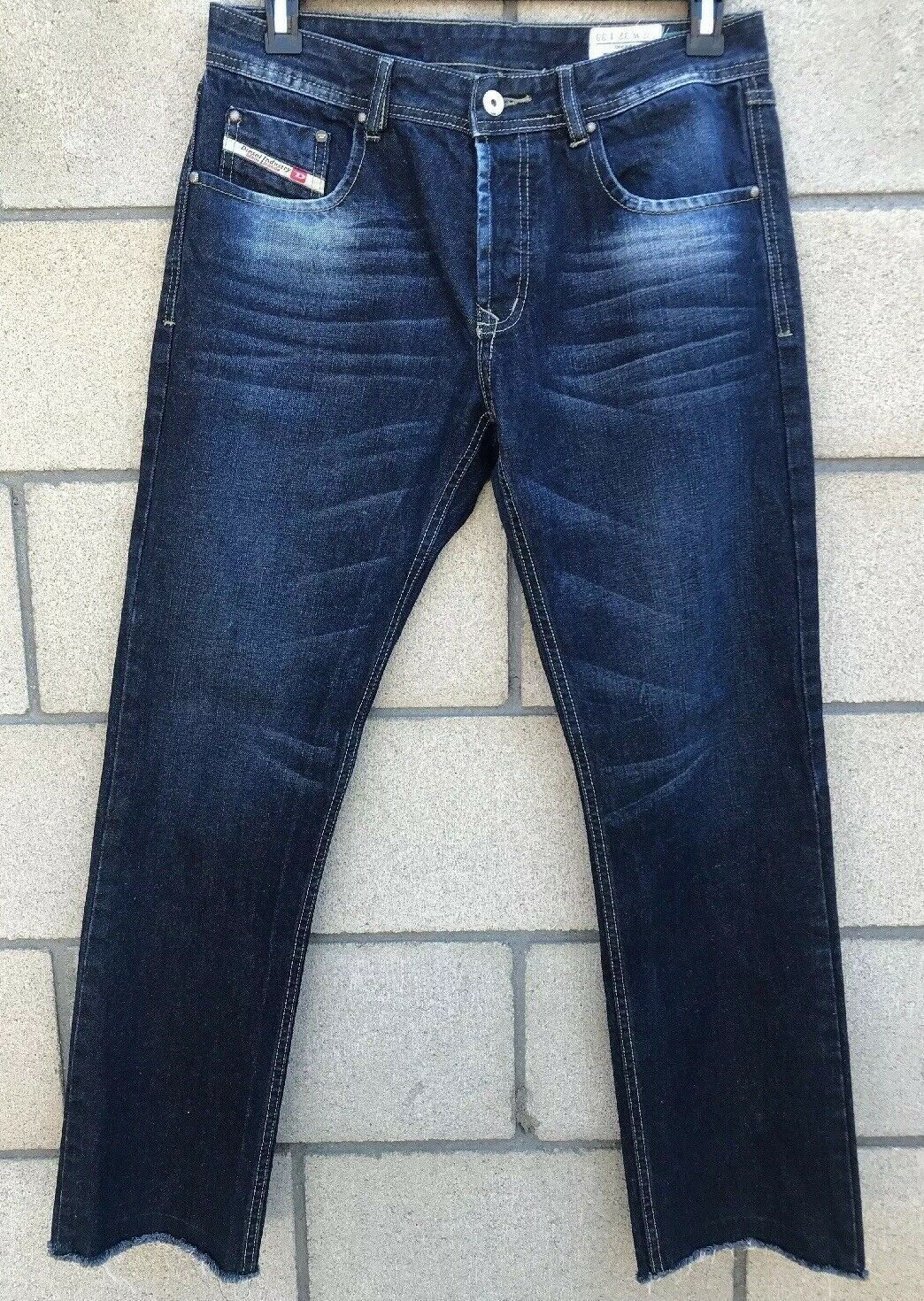 Diesel Darron Slim Jeans Mens Size 32x31 bluee Wash 008UP Button Fly Cropped Legs