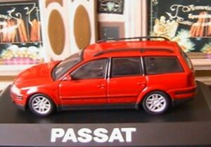 VW-VOLKSWAGEN-PASSAT-BREAK-1-8-TDI-SCHUCO-ROUGE-ROT-NEW-1-43-ROSSO-RED-SW-B5