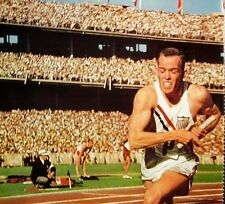 TOM COURTNEY clipping 1950s runner color photo Olympic medalist 800 m