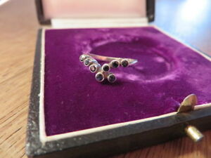 Huebscher-925-Silber-Ring-Saphir-60er-70er-80er-Designer-Blau-Filigran-Modern