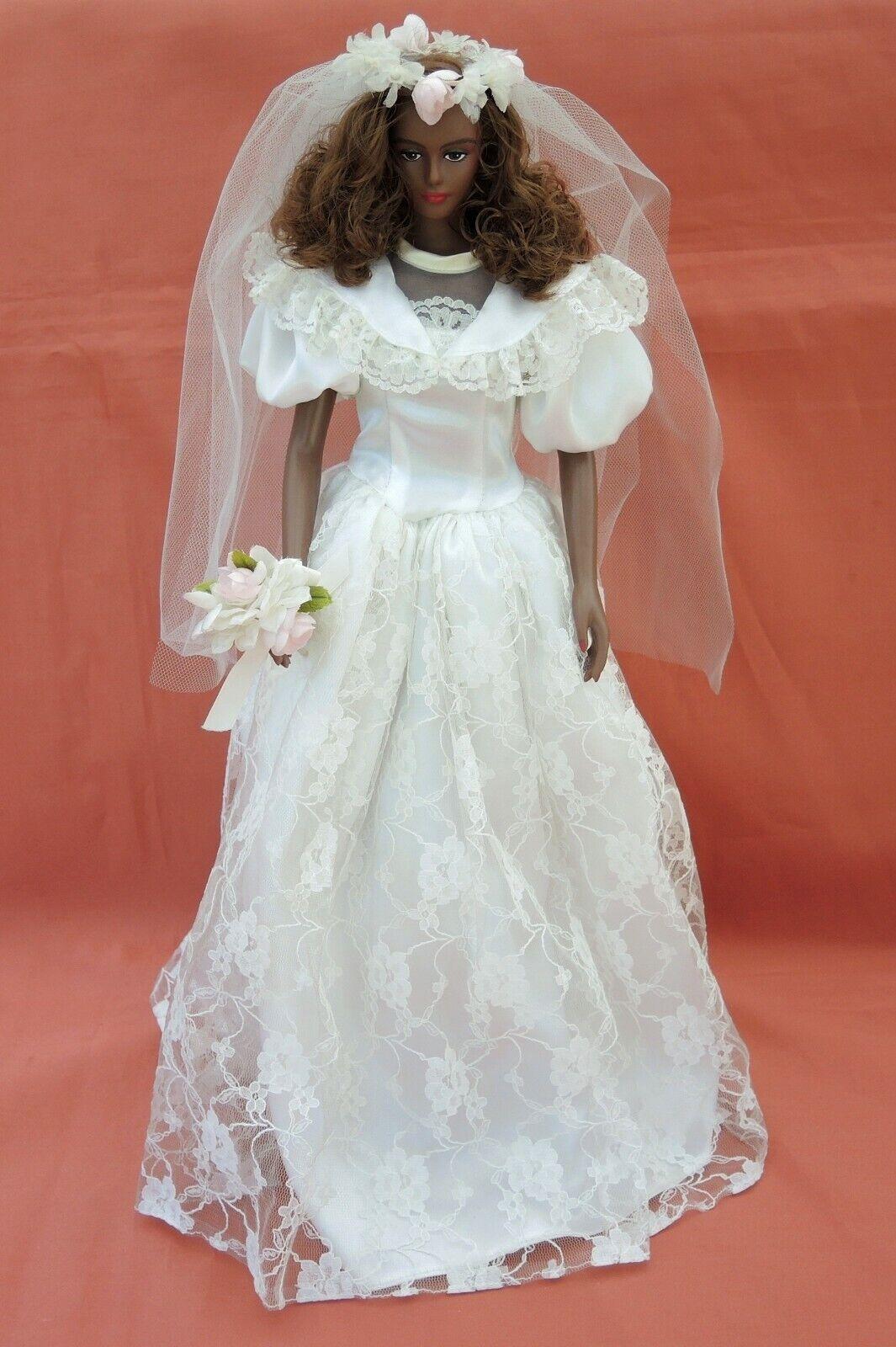 Poupée LADY LUMINOUS de TAKARA en mariée 2