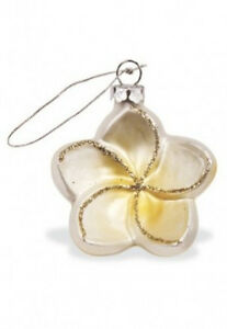 Hawaiian-WHITE-PLUMERIA-FLOWER-X-039-MAS-ORNAMENT-Hawaii-New-NIB-Glittering-Blossom