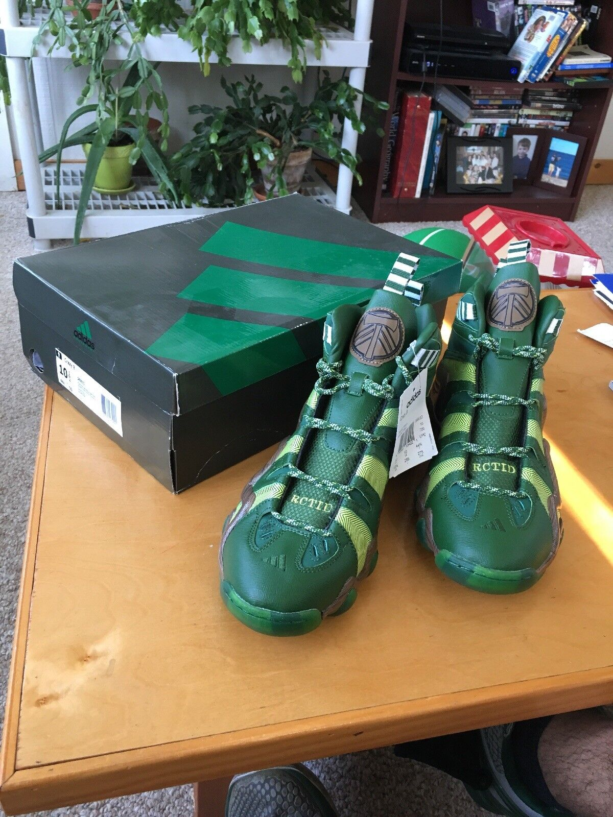 NEW ADIDAS CRAZY 8 PORTLAND TIMBERS SiZE MEN'S 10.5  MLS RCTID ARMY D69033 GREEN