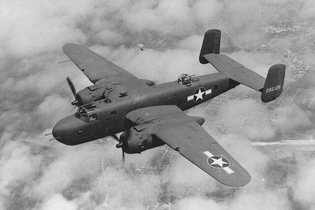 North American B 25 Mitchell. modello edifici