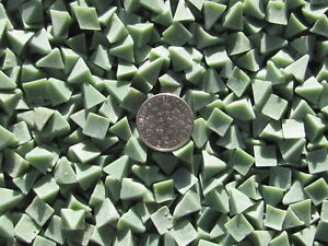 1-Lb-1-4-034-X-1-4-034-Pyramid-Plastic-Tumbling-Tumbler-Media-X-General-Purpose