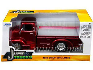 JADA-97463-1952-52-CHEVROLET-COE-FLATBED-1-24-DIECAST-RED-with-CHROME-WHEELS