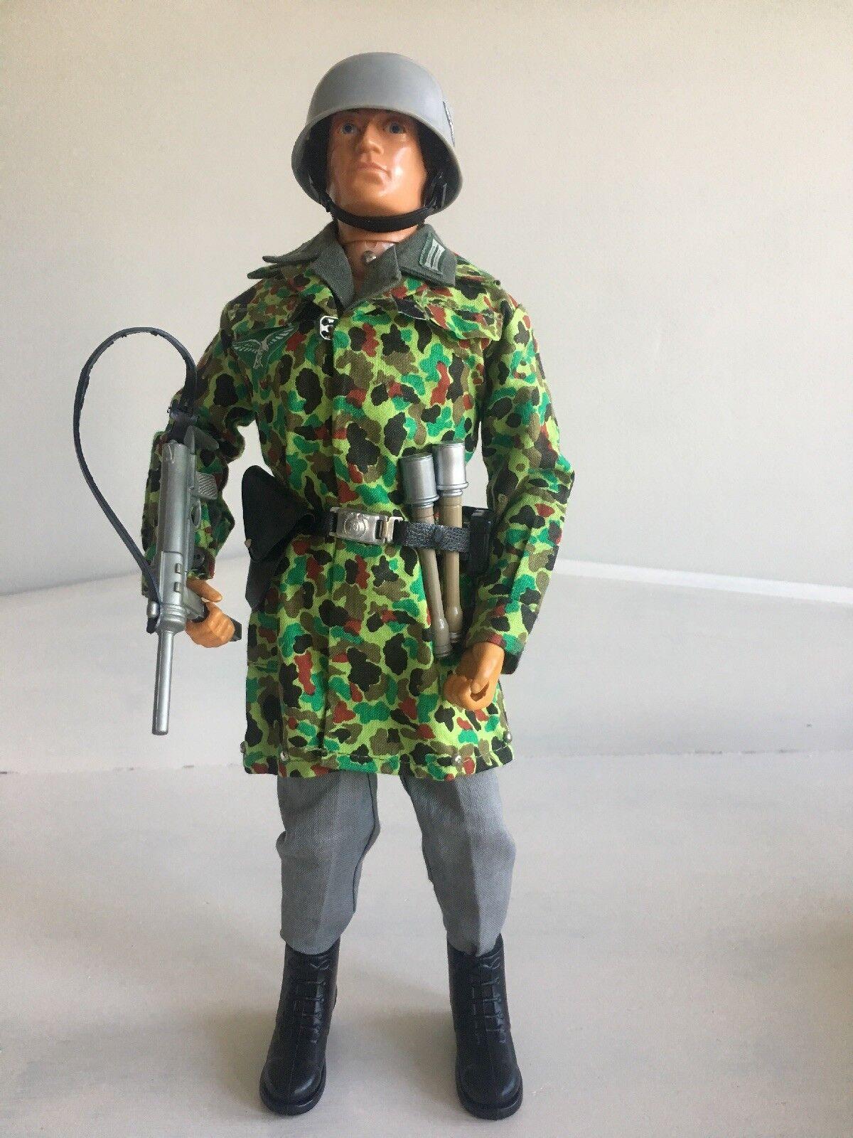 VINTAGE ACTION MAN Tedesco Paracadutista 1964 Eagle Eyes acetato di vinile MONOMERO PARA mozzafiato