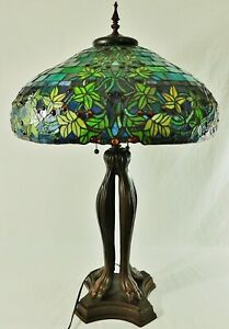 Grand-Vintage-22-034-Tiffany-Style-baies-Feuilles-Au-Plomb-Vitrail-Lampe-de-table