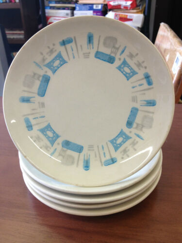 Set of 5 Dessert Plates with Blue Designs 614""