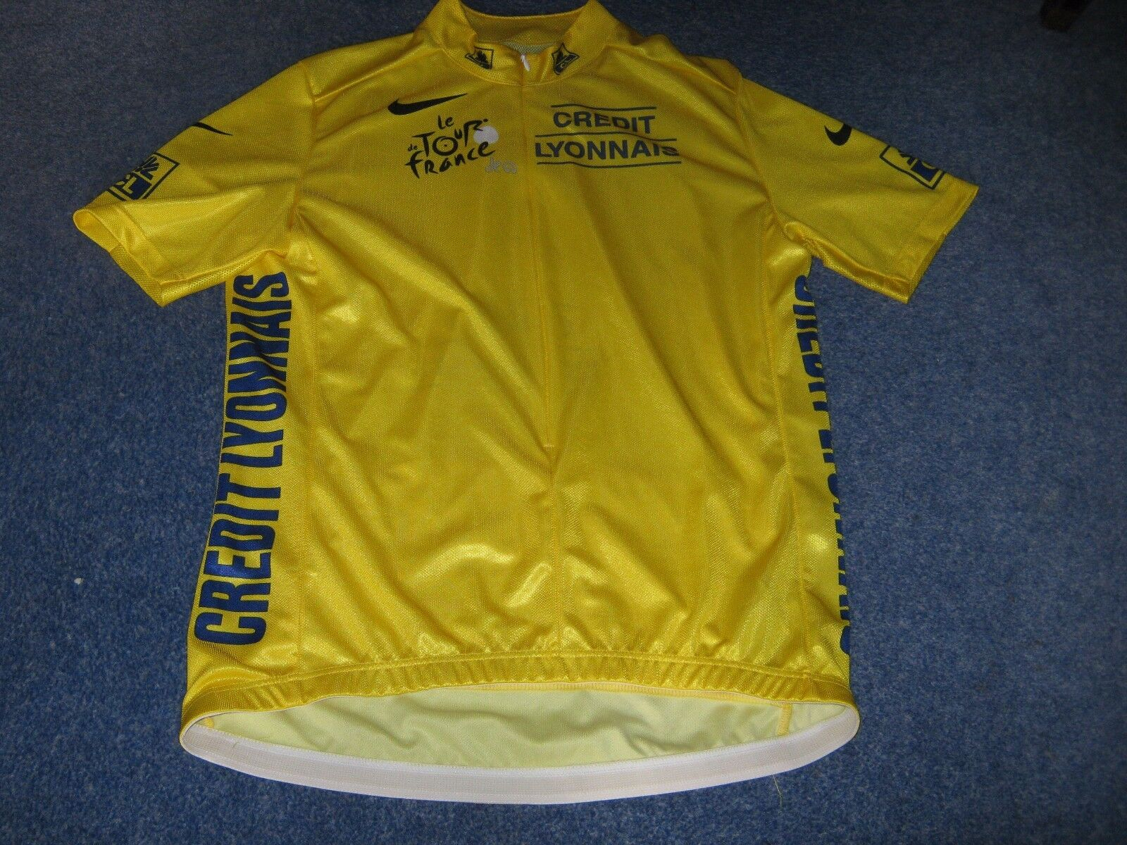 TOUR DE FRANCE 2004 NIKE YELLOW LEADERS CYCLING JERSEY [Small]