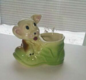 Vintage-LOOK-Puppy-Dog-Figurine-Red-Shoe-Boot-Pottery-Hand-Painted-Planter-Vase