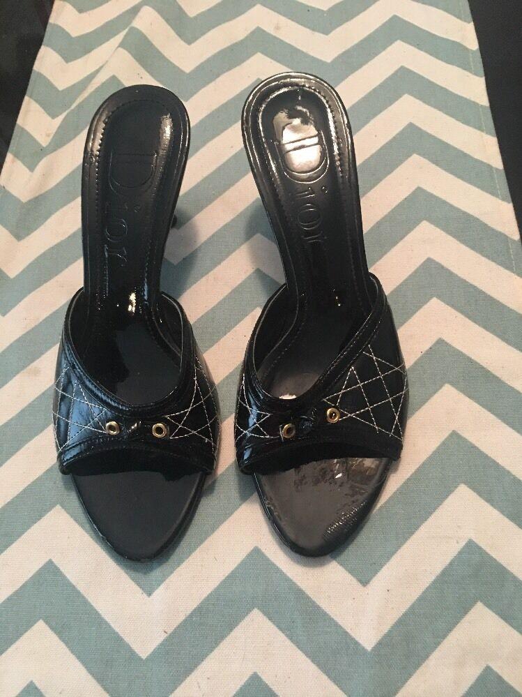 risparmia il 50% -75% di sconto Christian Christian Christian Dior nero Kitten Heel scarpe 37 US 7  bellissima