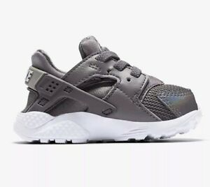 3f1bd3754cb59 Image is loading TODDLER-GIRLS-Nike-Huarache-Run-Shoes-Gunsmoke-Metallic-