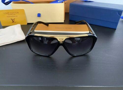 Evidence glasses