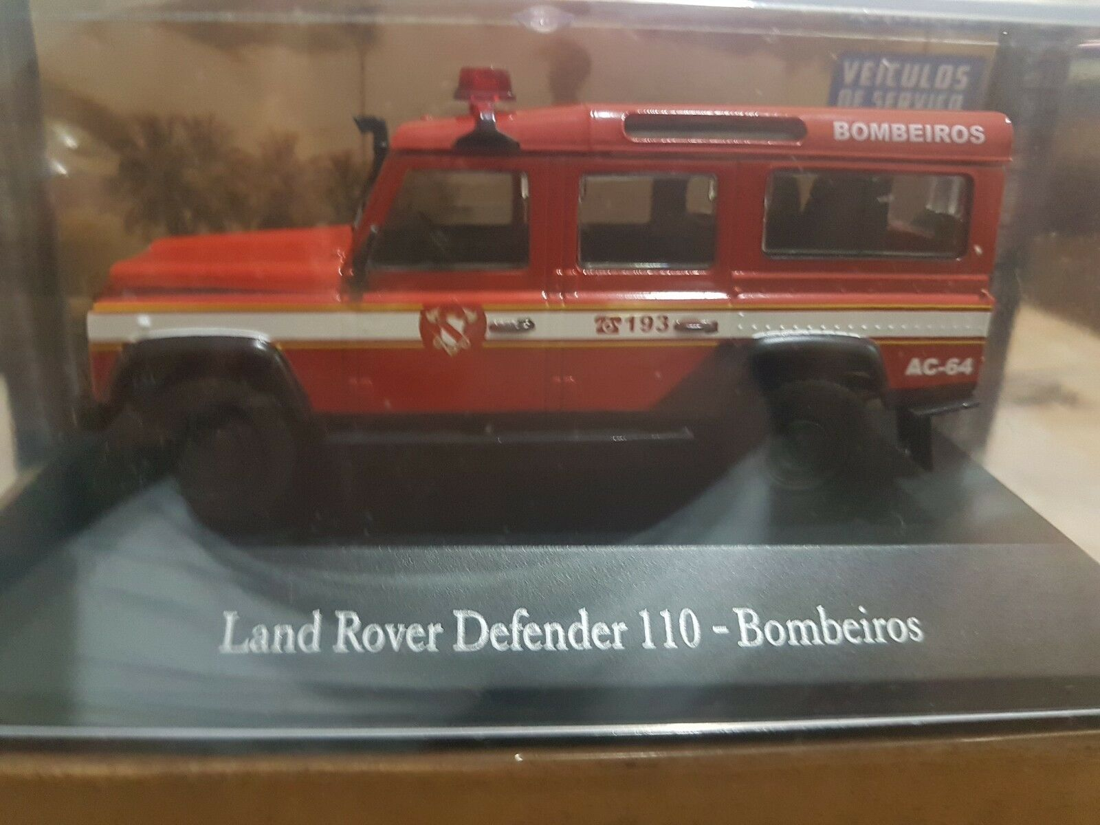 Brazilian Working Cars - Ixo Altaya - Land Rover Defender 110 Fire Department