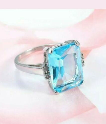 Brand New 10.5 Ct Aquamarine ring ~ Argent Sterling 925 ~ Taille 7 ~ Sac cadeau inclus