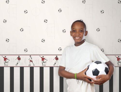 FOOTBALL FOOTBALLER CHILDRENS KIDS BOYS GIRLS TEENAGE WALLPAPER BORDER DLB50090