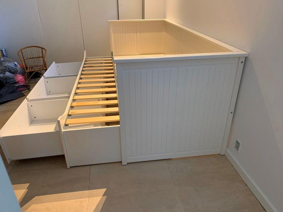 Sovesofa, Ikea Hemnes Seng, b: 80 l: 200