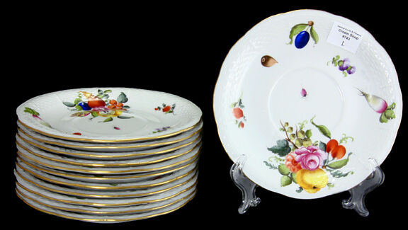 HEREND FRUITS & FLOWERS Cream Soup Saucer  7   743  CHOICE