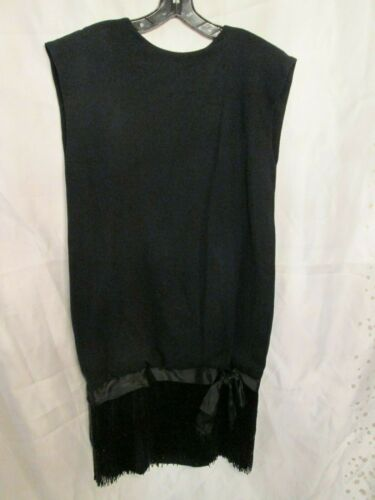 Mollie Parnis Black Flapper Style Wool and Beaded