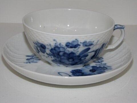 Porcelæn, Blå Blomst Svejfet  Tekop #1551, Blå Blomst