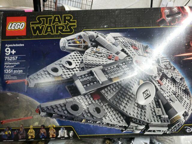 LEGO Millennium Falcon Star Wars TM 75257 BAG 1 OPEN