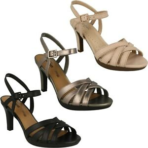 1f60a2046e3 Image is loading LADIES-CLARKS-LEATHER-SLINGBACK-CUSHION-SMART-HEELS-SUMMER-