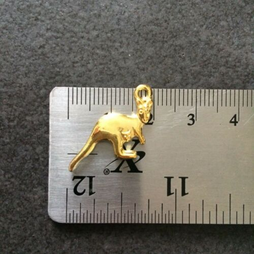 BULK 182 x Kangaroo Charms 27mm x 12mm