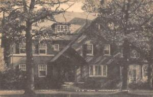 Independence IA Old Black /& White Postcard Publ Artvue B5976 Foursquare Church