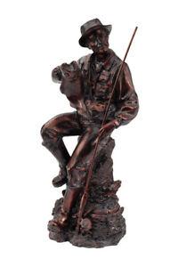 Bronze-Fisherman-Statue-with-Fishing-Pole-Salmon-Hunting-Lodge-Cabin-Man-Cave