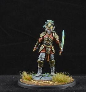 DARK SWORD MINIATURES DSM7541 Pinup Female Warrior