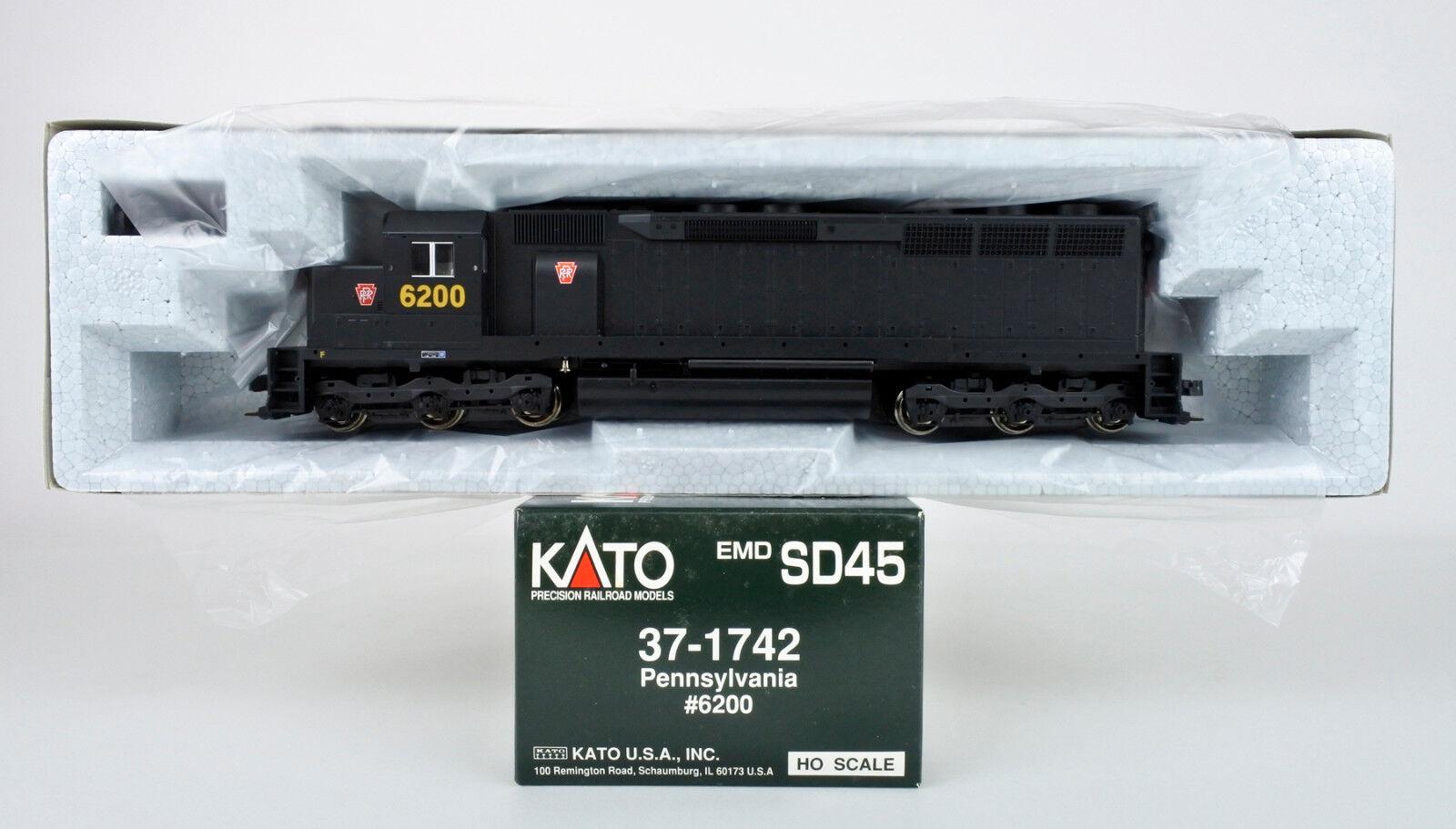 Kato HO Scale 37-1742 Pennsylvania EMD SD-45 Diesel Motor  6200