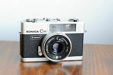 KONICA C35     35mm Rangefinder Camera    w/ Leather case    * Okay User/ READ *