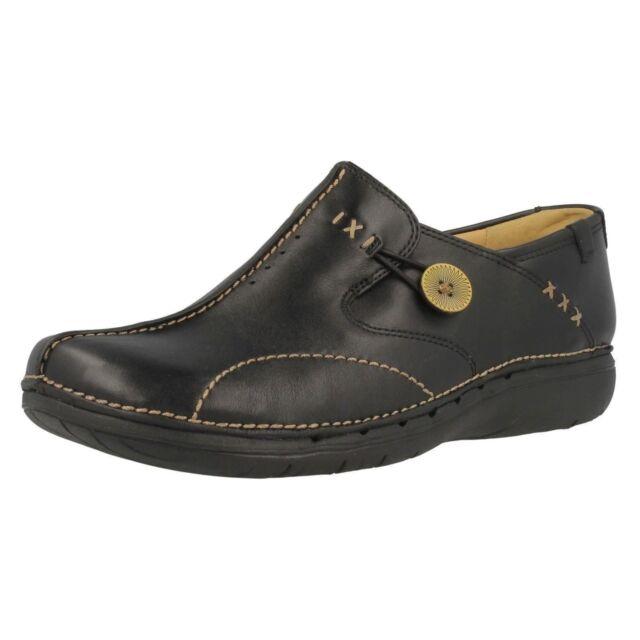 694fd7c3e300 Ladies Clarks Un Structured Slip on Shoes  un Loop  Black Leather UK ...