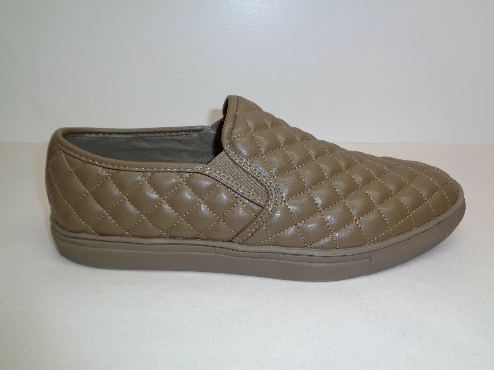 Steve Madden Size 13 M ELEMENT Olive Slip On Loafers Sneakers New Mens shoes